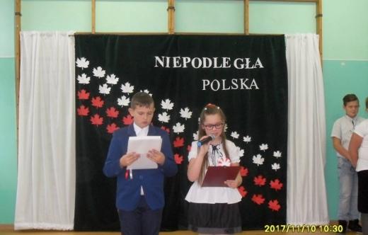 Święto Niepodległości w Szkole w Zalesiu Małym