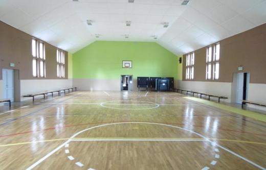 Zakończyła się przebudowa i rozbudowa części budynku z remontem sali sportowe