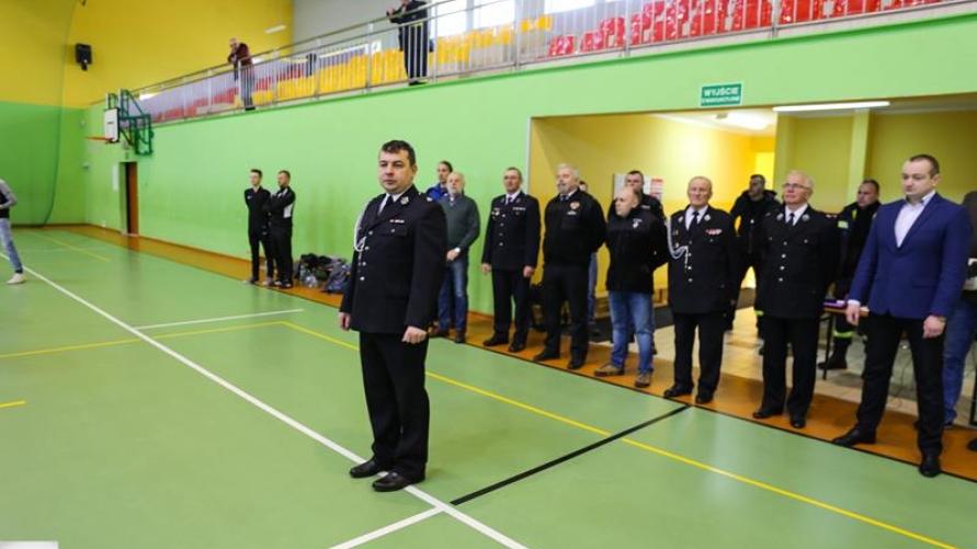 Drużyna OSP Łagiewniki najlepsza w powiecie  Halowy turniej piłki nożnej