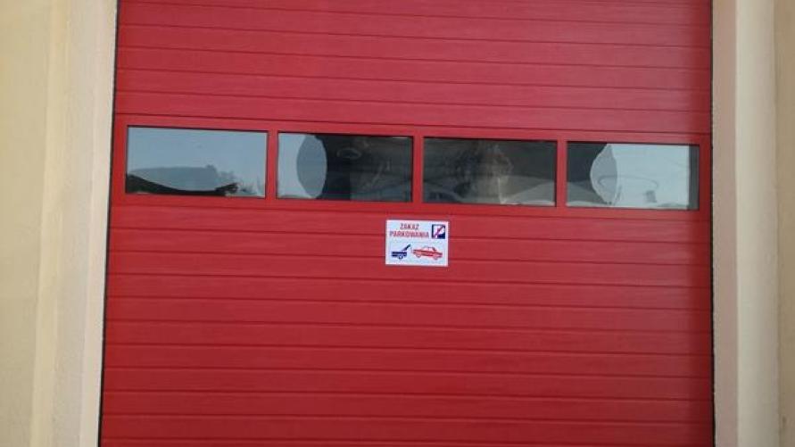 Wymiana bram garażowych w remizie OSP Kuklinów i Łagiewniki