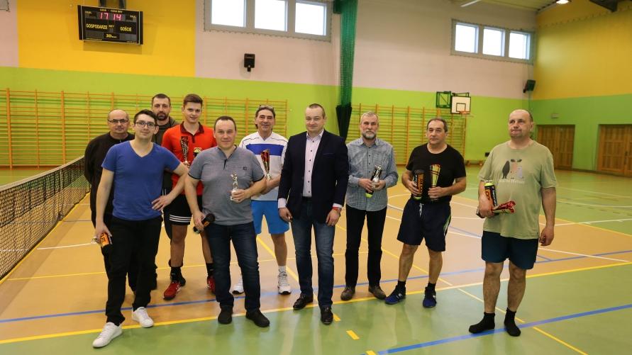 Zdjęcie grupowe uczestników z Burmistrzem Kobylina.