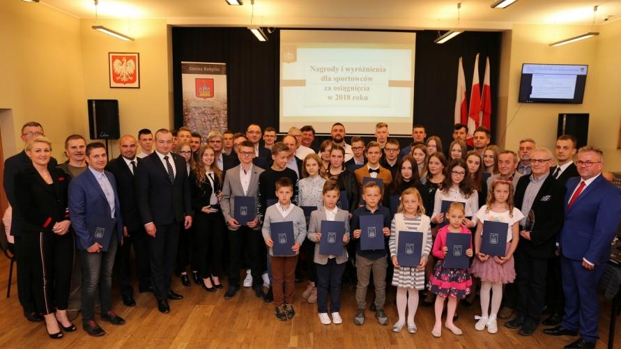 Sportowcy nagrodzeni przez Burmistrza Kobylina za osiągnięcia w 2018 roku