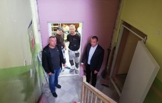 W Kuklinowie trwa remont w szkole