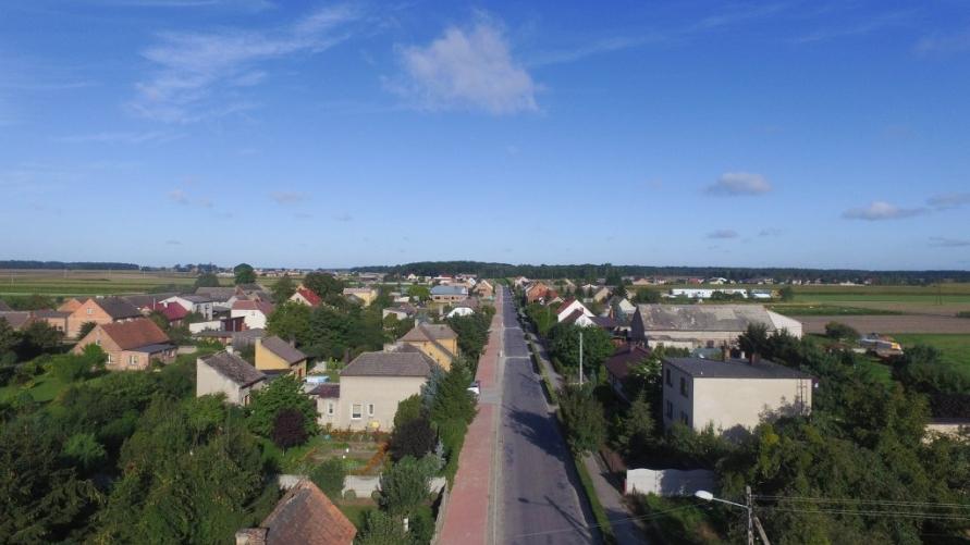 ścieżka pieszo-rowerowa odcinek przez wieś Smolice
