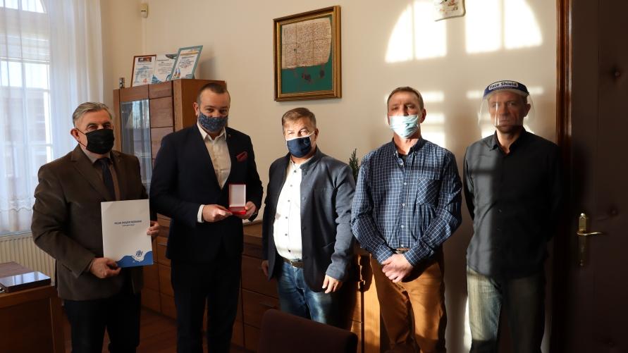 od lewej: Piotr Chlebowski, Tomasz Lesiński, Waldemar Konieczny, Zbigniew Puślednik i Leszek Poniatowski