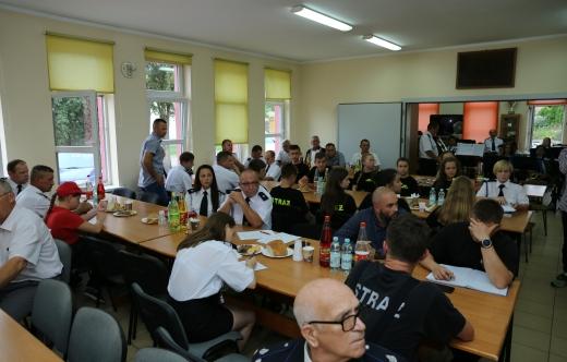 uczestnicy zebrania OSP